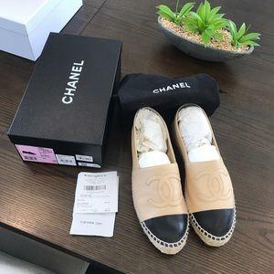 CHANEL Espadrilles Size 41, classic beige / black